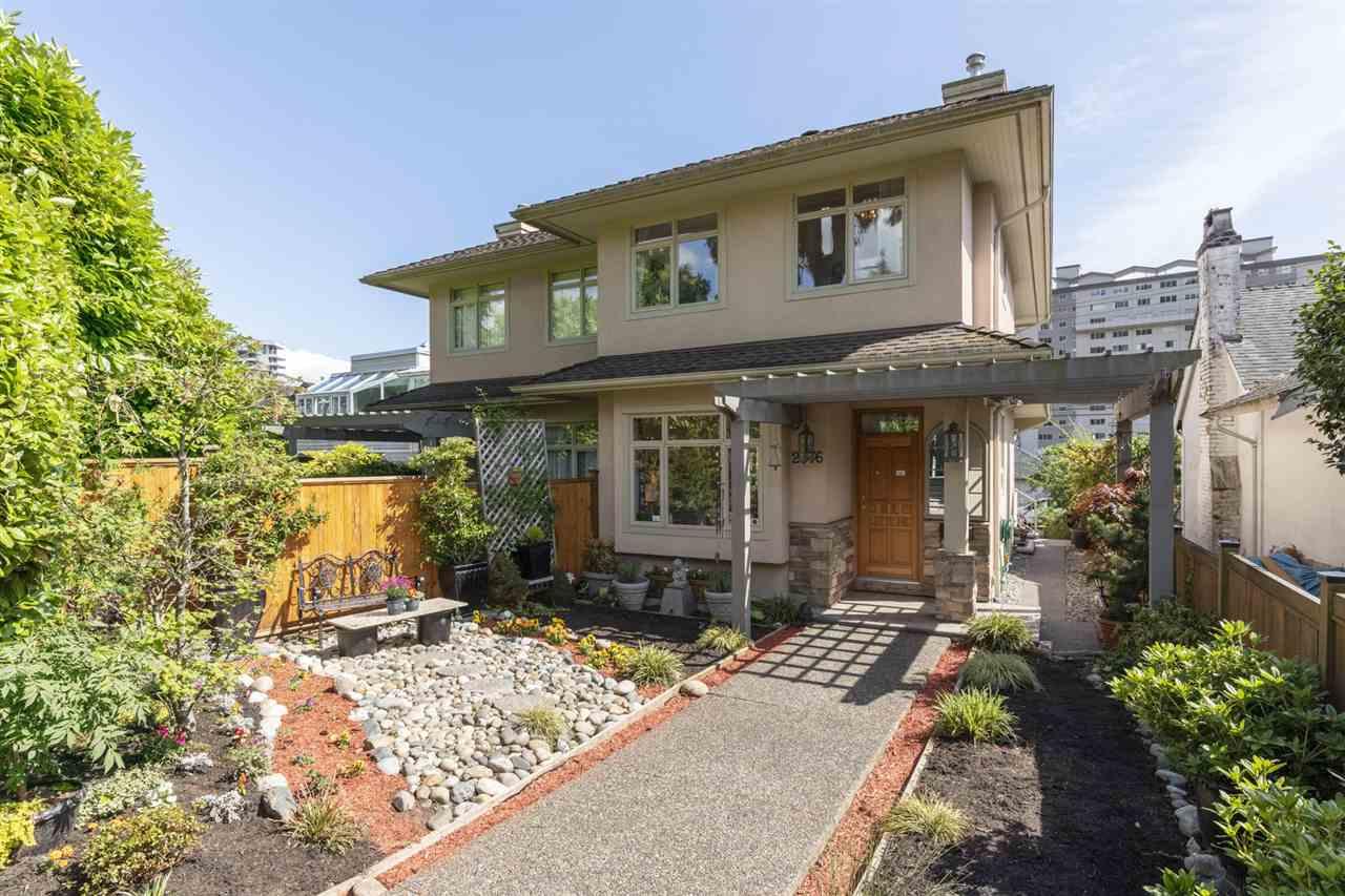 Dundarave 1/2 Duplex for sale:  4 bedroom 2,190 sq.ft. (Listed 2020-06-28)