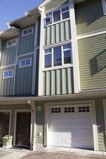 9 2039 CLARKE STREET - MLS® # R2471742