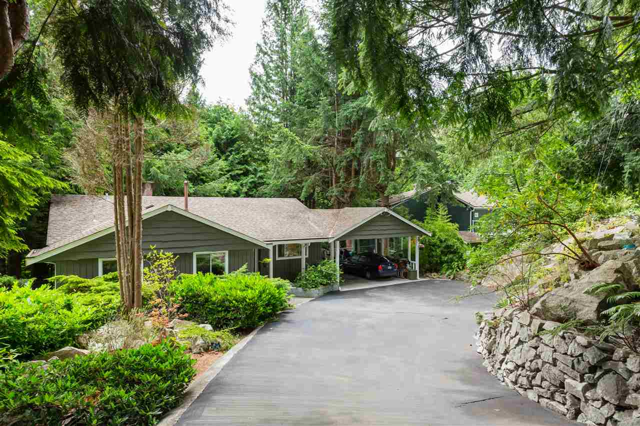 5730 BLUEBELL DRIVE - MLS® # R2474384