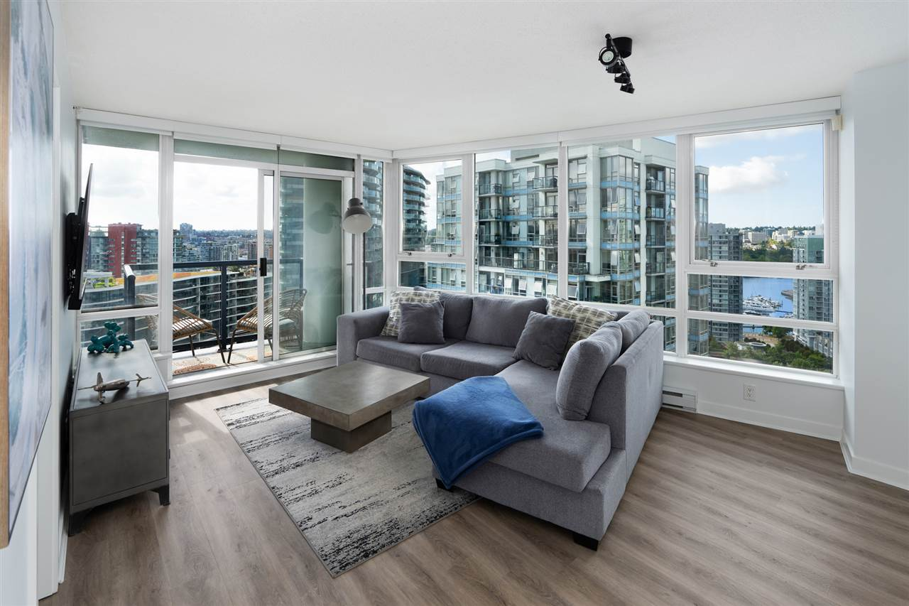 Yaletown Apartment/Condo for sale:  2 bedroom 877 sq.ft. (Listed 2020-08-27)