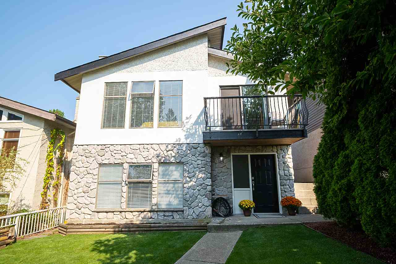 381 CLARENCE STREET - MLS® # R2498177