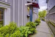 2050 TRIUMPH STREET - MLS® # R2510269