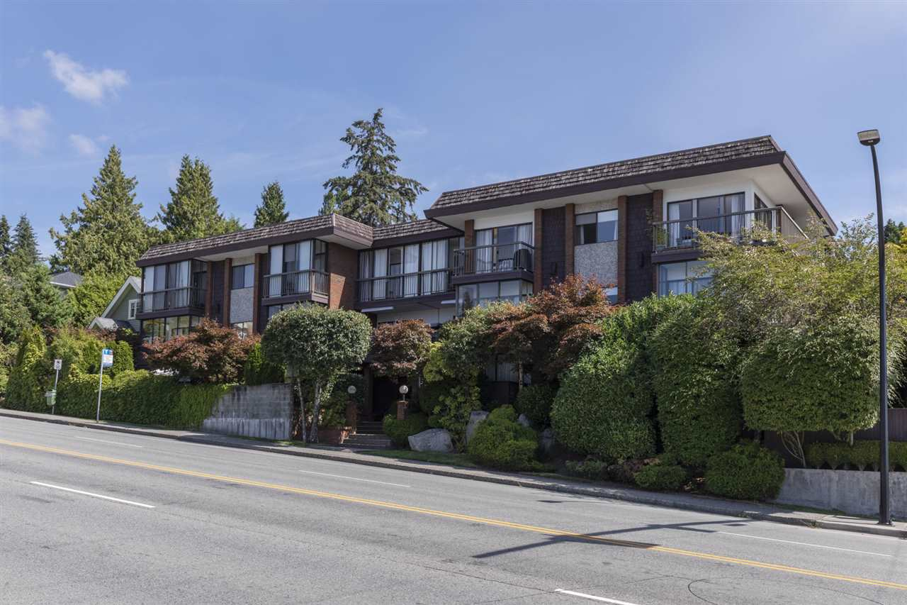 Upper Lonsdale Apartment/Condo for sale:  1 bedroom 844 sq.ft. (Listed 2020-12-15)