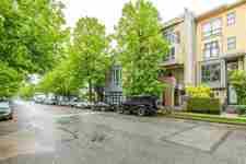 202 3736 COMMERCIAL STREET - MLS® # R2575720