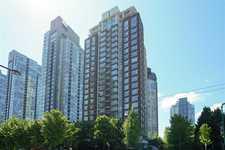305 550 PACIFIC STREET - MLS® # R2580655