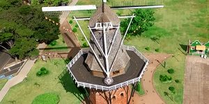 Mutirão realiza reformas em moinho de Holambra
