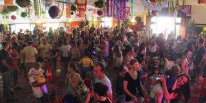 Matinê de Carnaval reúne 500 pessoas em Holambra