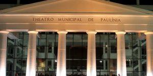 Matheus Ceará se apresenta no festival de teatro Julho Popular