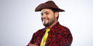 Matheus Ceará se apresenta no Teatro Vitória