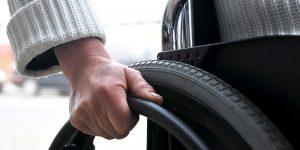 Empresa anuncia vagas de emprego para deficientes