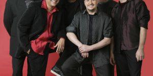 Com 35 anos de carreira, Roupa Nova canta sucessos na Red Eventos