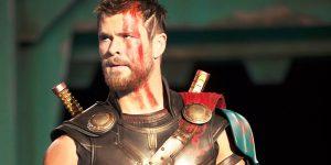 Thor: Ragnarok continua entre os filmes de super-herói mais procurados