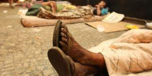 Campinas discute plano para população em situação de rua com comércio