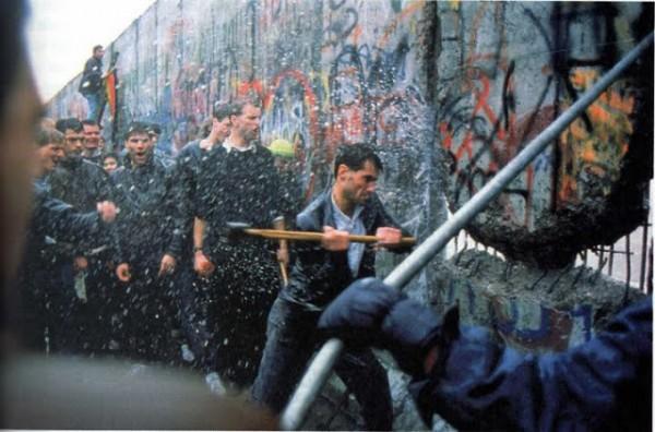 muro-de-berlim-queda