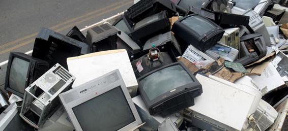 Prefeitura coleta lixo eletrônico e medicamentos vencidos nesta semana em Artur Nogueira