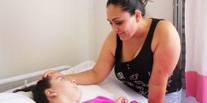 Moradora de Artur Nogueira arrecada recursos para comprar cadeira de rodas à filha