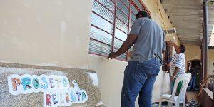 Professores fazem manutenção em sede do Projeto Retreta em Artur Nogueira