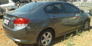 Carro e aparelhos suspeitos são apreendidos em Artur Nogueira