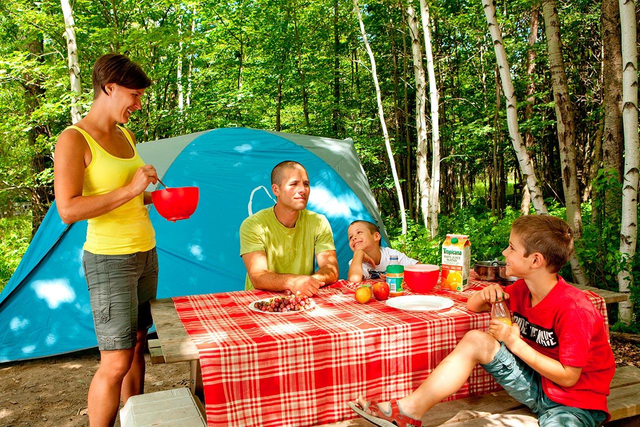 Parc national de la yamaska outdoor family activities for Auberge des iles du bic