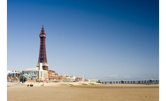 2-5nt Blackpool & Breakfast for 2 or a Family of 4 From £49 for a two-night Blackpool break with breakfast, from £59 for three nights, from £69 for four nights or from £79 for five nights - save up to 59% - wowcher