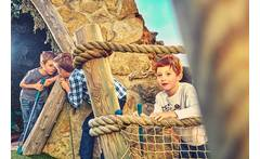 Pirate Adventure Golf, Family Tkt £10 instead of £20 for a family ticket to Mr Mulligan\'s 18-hole pirate adventure golf at Pirate Island Golf, Castleford - save 50% - wowcher