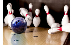 Bowling & Hot Dogs for 2 or 4 @ MFA Bowl £8 instead of £20.50 for two games of ten-pin bowling for two people with a hot dog or chips each, £15 for four people at MFA Bowl, Blackpool - save up to 61% - wowcher