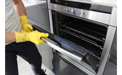 Full Professional Oven Clean - Nationwide* Coverage! £29 instead of £79.99 for a full oven clean with CRMS - save a gleaming 64% - wowcher