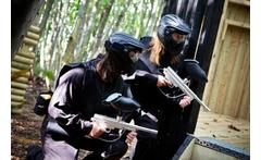 Paintballing for 10 - Over 30 Locations! £10 for a day of paintball for up to 10 people including 100 balls each and a light lunch at a range of UK locations with Thunder Ridge Paintball - save 95% - wowcher