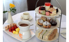 Sparkling Afternoon Tea & Chocolate Fondue for 2, Stratford Upon Avon £21 instead of £36 for a sparkling afternoon tea for two with chocolate fondue, £39 for four at Best Western Grosvenor Hotel, Stratford-upon-Avon - save up to 42% - wowcher