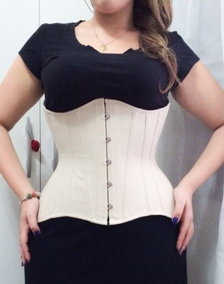 TIGHT LACING - CORSET UNDERBUST 18 PAINÉIS COM ANCAS