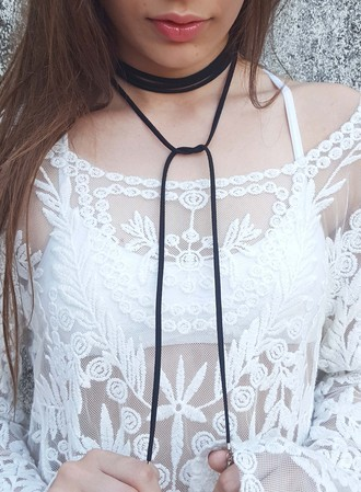 Chocker Fashion Girls