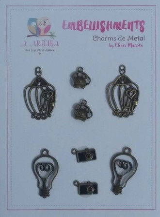 CHARMS DE METAL A ARTEIRA - BY CHRIS MACEDO - VINTAGE