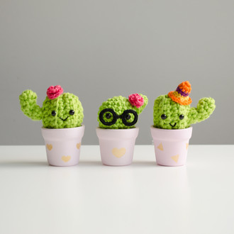 Kit mini cactos - amigurumi