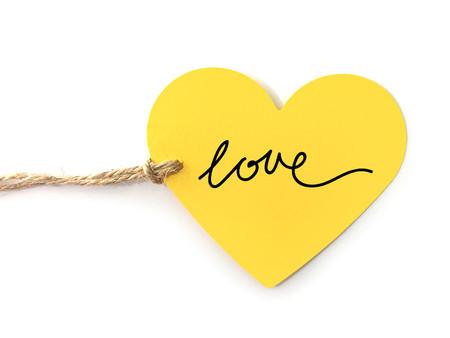 Risultati immagini per cuore giallo