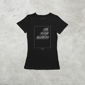 Camiseta Use Your Illusion Vol. I & II [Feminina]