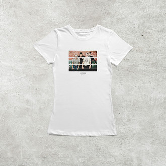 Camiseta Red Hot Chili Peppers [Feminina]