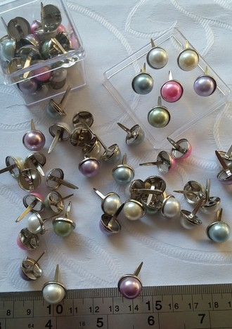 BRADS WILD ORCHID CRAFTS - MIXED LARGE PEARL BRADS