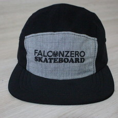 Boné Five Panel Black and Cinze Falcon Zero Skateboard