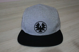 Boné Five Panel Cinza Logo Falcon Zero Skateboard
