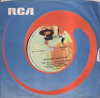 "Compacto CHARLES AZNAVOUR - THE OLD FASHIONED WAY (7"", USADO)"