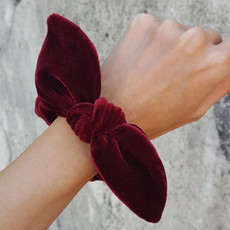 Scrunchie Veludo Bordeaux