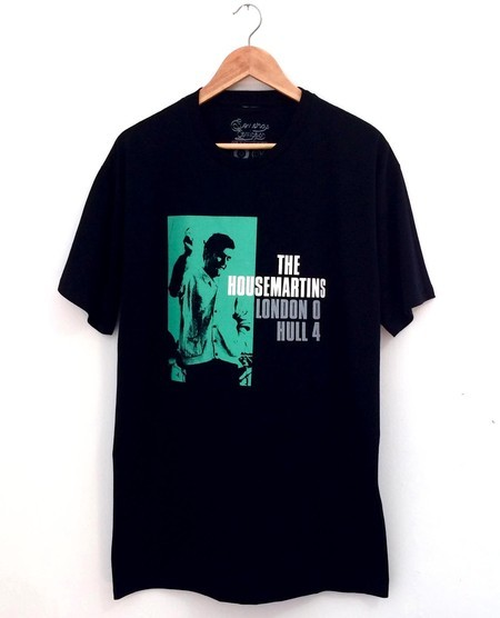​Camiseta THE HOUSEMARTINS (COR PRETA)