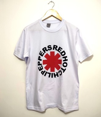 Camiseta RED HOT CHILI PEPPERS (COR BRANCA)