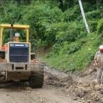 Alcaldes de Echarate y Kimbiri coordinan in situ inauguración de carretera que unirá sus distritos