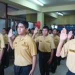 """Juramenta primera promoción del club """"Amigos de la Policía"""" en Pucallpa"""