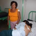 Madre e hija sobreviven de milagro tras ser acribilladas a balazos por desconocidos
