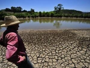 Sequía suspende fiestas por Carnaval de Río en más de 30 ciudades