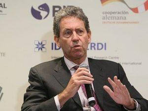 Alfredo Thorne: «El anterior gobierno nos dejó S/3 300 mllns en compromisos salariales»
