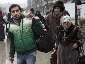Aleppo: Dan inicio a evacuación de heridos