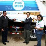 Ministra del Ambiente entregó vehículos de limpieza a Municipalidad de Chachapoyas
